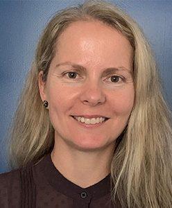 Dr Rosalyn Hunt